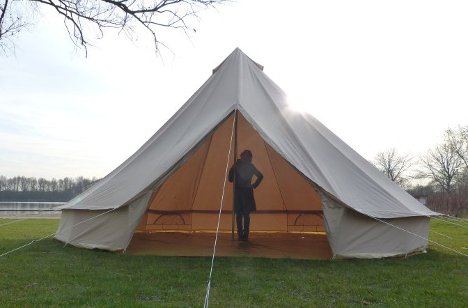 6m diameter Bell Tent showing height of central pole