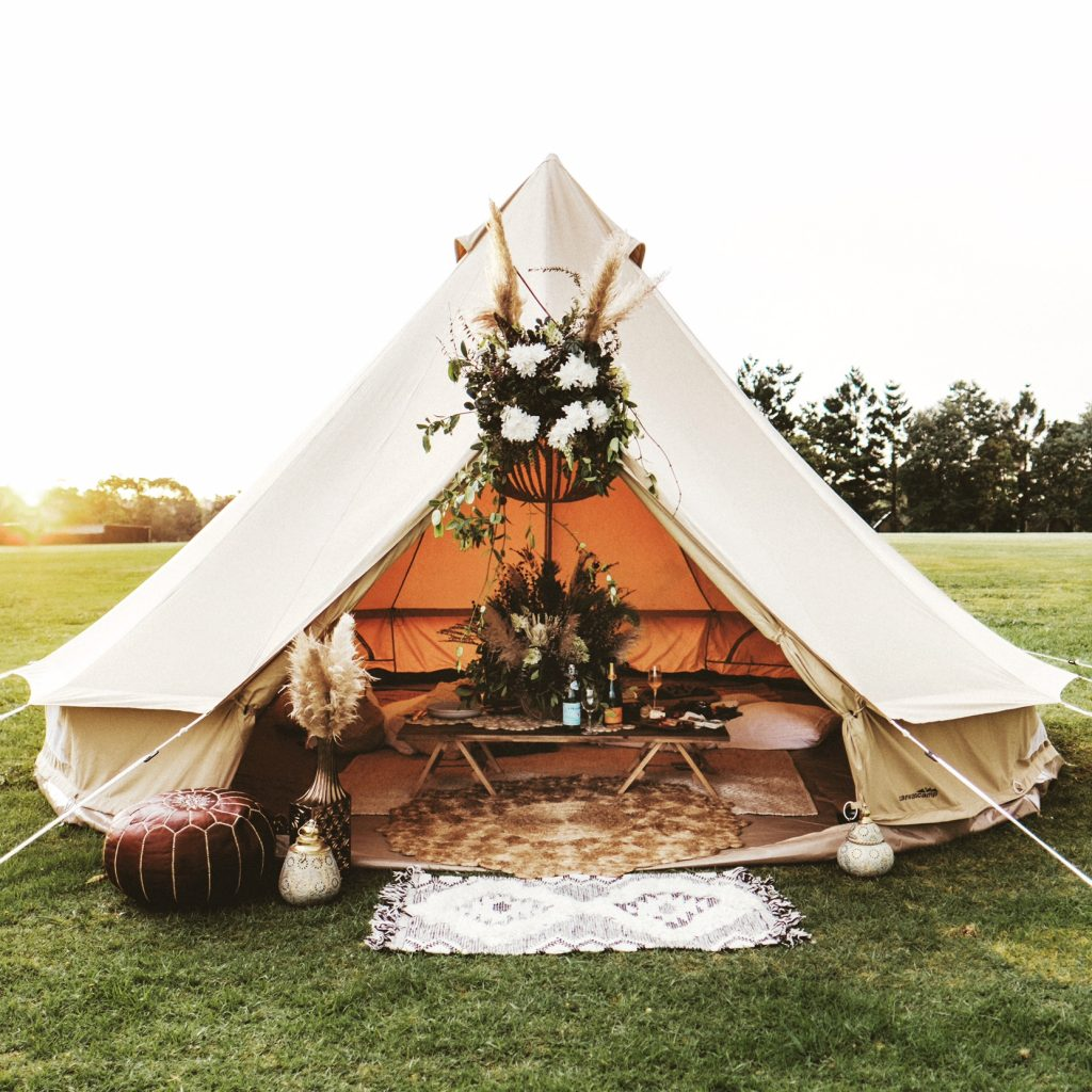 5m diameter ultimate bell tent ideal for glamping, camping, family camping, parties events and backyard camping