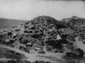 September 1915: Men of the 42nd East Lancashire Division encamped at Gully Reach in Gallipoli. (Photo by Hulton Archive/Getty Images)