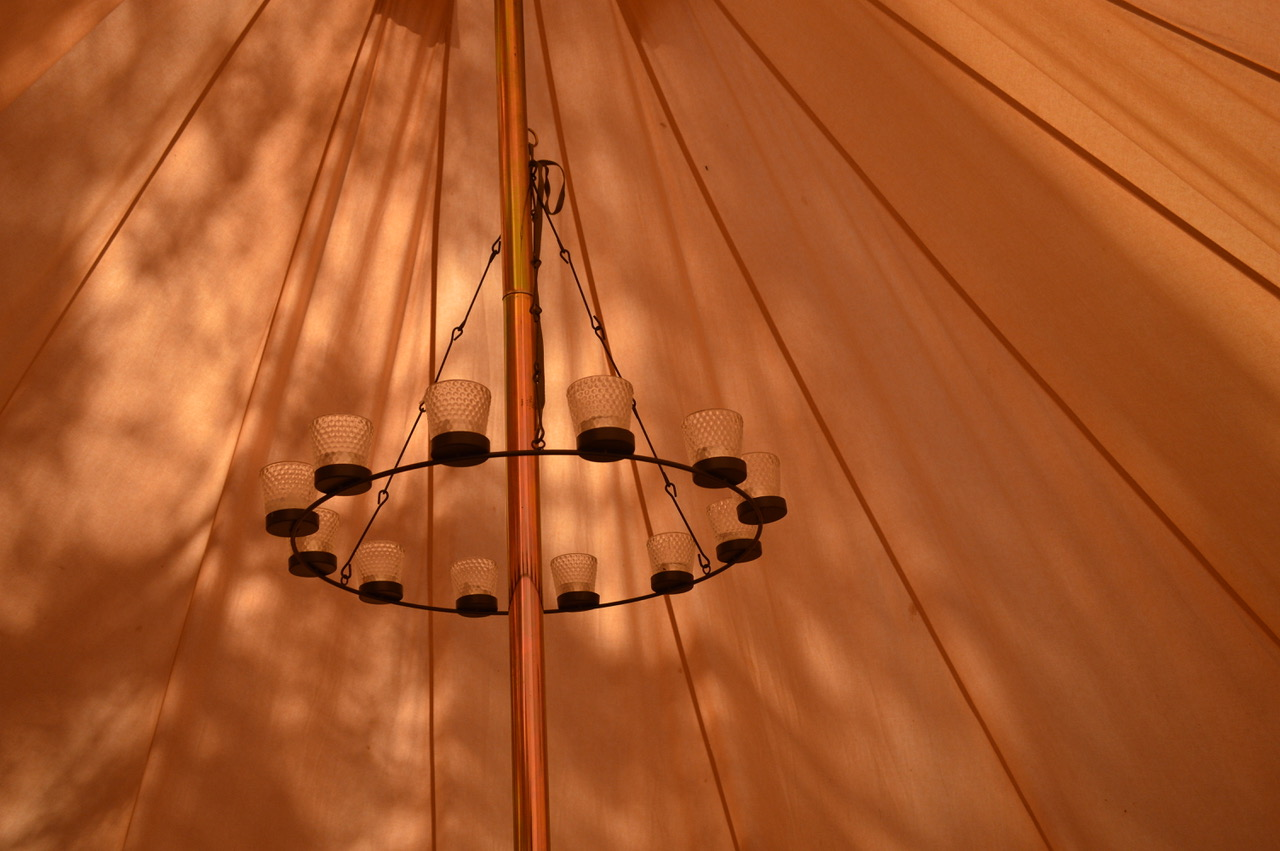 Belltent-tent-chandelier-lighting-camplight