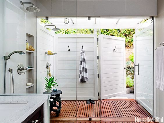 Outdoor Bathrooms The Ultimate In Glamping Breathe