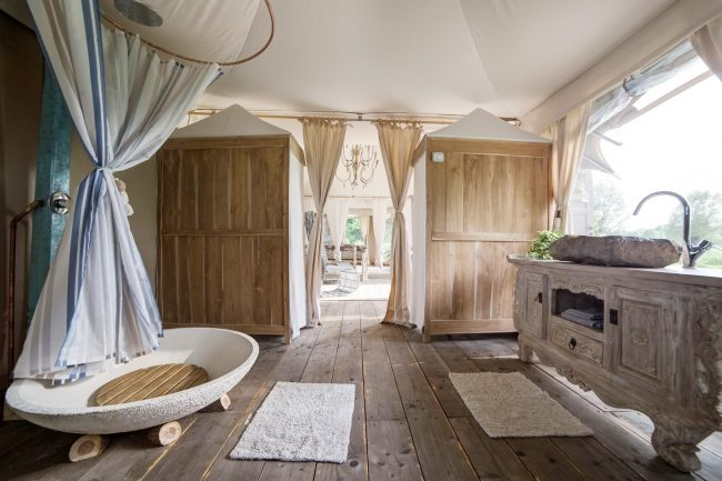 Glamping Bathroom Amenities Design Ideas - Breathe Bell Tents Australia Inspo